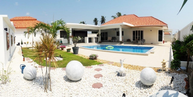 Baan Yu Yen Pool Villas - Pool Villas for sale between Hua Hin and Pranburi (40)